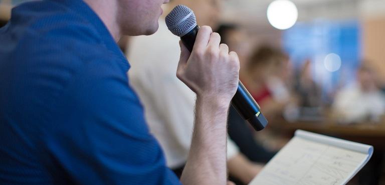 企业管理培训经典27吃一次:何获得别人的信任抽奖?